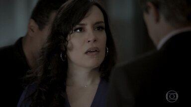 Mira é presa - Cúmplice de Irene é surpreendida por Dantas e pela polícia