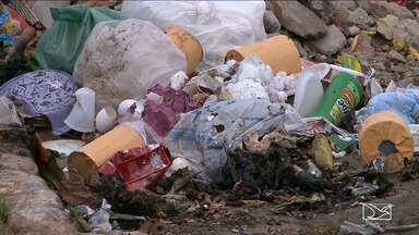 Jogar lixo nas ruas é considerado um crime ambiental - Mesmo com a medida é possível flagrar diversas pessoas cometendo atos como esses em São Luís.