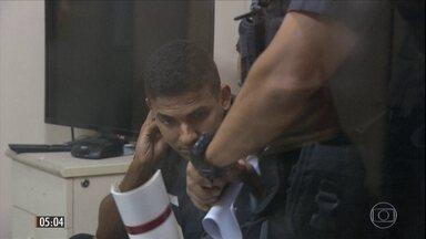 MP do RJ irá recorrer de ordem de soltura do tenente que matou turista na Rocinha - A Justiça do RJ determinou que o policial acusado de atirar na turista espanhola deixe a prisão. Apesar da decisão, David dos Santos segue detido por responder por crime militar.
