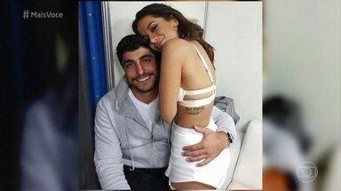 Bruno Astuto desmente que Anitta esteja de casamento marcado - Colunista diz que a cantora está muito apaixonada por Thiago Magalhães e revela que o casal está usando anel de compromisso