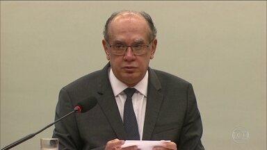 Gilmar Mendes suspende ida de Sérgio Cabral para prisão no MS - O ministro do STF concedeu habeas corpus ao ex-governador do Rio, suspendendo a transferência determinada pelo juiz Marcelo Brêtas.
