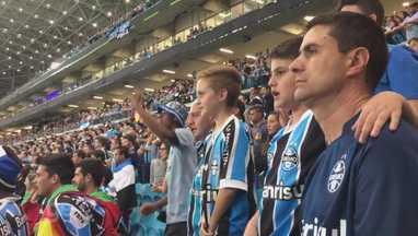 Da tensão às lágrimas: torcida embala Grêmio para garantir vaga na final - Da tensão às lágrimas: torcida embala Grêmio para garantir vaga na final.