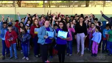 Conheça os últimos premiados do Televisando - São da Escola Municipal Cora Coralina.