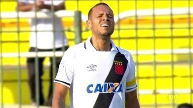 Depois de muita espera, Luis Fabiano deve retornar aos gramados contra o Vitória - Depois dem muita espera, Luis Fabiano deve retornar aos gramados contra o Vitória