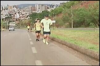 Atletas fazem reconhecimento do trajeto da corrida noturna Patos 10km - Prova está marcada para o dia 18 de novembro