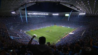 Torcedores gremistas comemoram a classificação do tricolor para a final da Libertadores - Grêmio enfrenta o Lanús, da Argentina, em sua quinta final na competição.