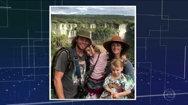 Família dos EUA que sumiu por 3 dias após ataque de piratas chega a Belém - Família seguia de Belém para Macapá quando balsa foi atacada por piratas. Eles usaram prancha de surfe para fugir pelo rio e se esconderam na mata.