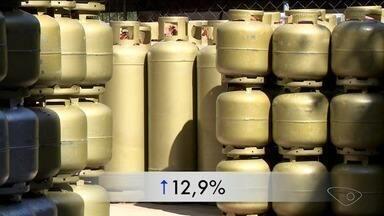 Aumento nos preços de gás, energia e gasolina influencia nas compras do supermercado - Mês de outubro foi marcado por muitos aumentos.