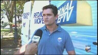 Equipe da EPTV e do Seja Digital esclarecem dúvidas sobre sinal digital em Rio Claro, SP - Sinal analógico será desligado na cidade ainda este mês.