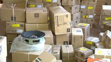 Polícia encontra carga roubada em chácara na área rural de Foz - A carga está avaliada em 170 mil reais.