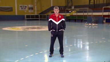 Técnico Nei Victor fala sobre amor por Cascavel - O técnico do Cascavel Futsal contou como foi recebido na cidade.