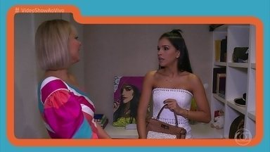Mariana Rios mostra peças queridinhas de seu guarda-roupa - Mônica Salgado visita o closet da atriz e pede para ver os xodós de Mari
