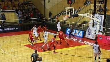 Basquete Cearense perde na estreia do NBB - Basquete Cearense perde na estreia do NBB.
