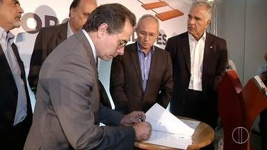 Governadores do RJ e ES se reúnem em busca de apoio para implantação de ferrovia - O encontro foi no Porto do Açu.