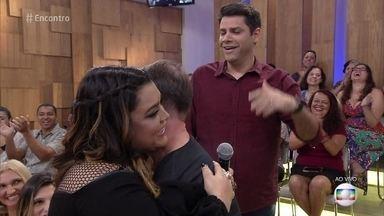 Preta Gil promete desbloquear seguidor de rede social - Rodrigo teve um desentendimento com a cantora por causa de uma opinião sobre um candidato do 'The Voice Brasil'. Os dois fazem as pazes ao vivo