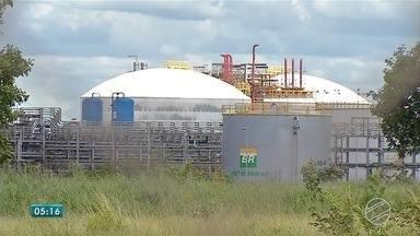 Justiça decreta bloqueio de R$ 155 milhões em bens de ex-dirigentes da Petrobras e empresa - Decisão também inclui duas empresas responsáveis pela obra da Unidade de Fertilizantes, em Três Lagoas (MS), paralisada desde 2014.
