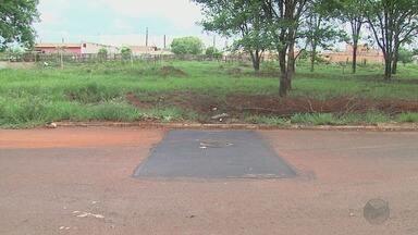 Prefeitura conserta bueiro com desnível na zona leste de Ribeirão Preto - Um motociclista havia se ferido ao cair no obstáculo no bairro Ribeirão Verde.