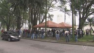 Sindicatos se reúnem para protestar contra as reformas trabalhistas - A manifestação aconteceu em Cubatão.