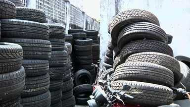 Operação policial apreende dezenas de pneus roubados em Fortaleza - Confira mais notícias em G1.Globo.com/CE