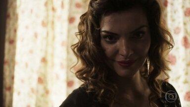 Leandra se insinua para o sócio misterioso do bordel - Ela explica situação sobre os negócios