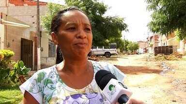 Moradores do bairro Independência sofrem com problema de esgoto estourado - Saiba mais em g1.com.br/ce