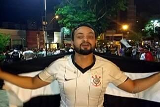 Resenha: Corinthians conquista sétimo título Brasileiro - Garotinhos comentam vitória do Timão com três jogos de antecedência.
