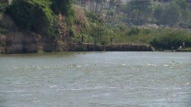 Jovem morre afogado no Rio Paraíba, em Campos, no RJ - Assista a seguir.