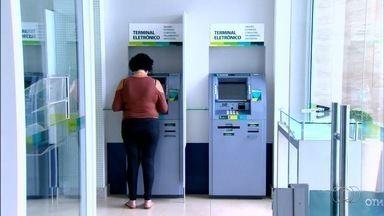 Conheça outras tipos de contas bancárias e operações financeiras - Além das tradicionais poupança e conta corrente, várias outras oportunidades podem ser encontradas.