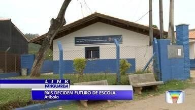 Eleição com pais de alunos decide sobre futuro de escola em Atibaia - Futuro da escola foi decidido nas urnas.