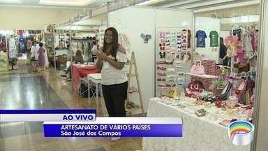 São José dos Campos recebe feira de artesanato até domingo (19) - Evento reúne expositores que apresentam artesanato e cultura de diversos países.