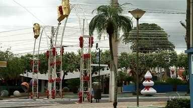Santa Fé do Sul inaugura decoração de Natal e deve atrair milhares de turistas - Em Santa Fé do Sul (SP) foi inaugurada a tradicional decoração de Natal que atrai turistas de toda a região noroeste paulista.