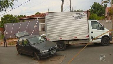 Acidente no bairro Satélite Íris deixa dois feridos em Campinas - Uma das vítimas é suspeito de tentar furtar um caminhão na Rua Alcídio Rodelli.
