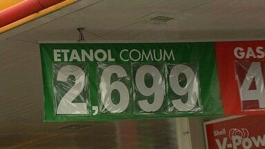 Após decisão judicial, preço do etanol começa a cair em postos de Goiânia - Em alguns estabelecimentos, valor do produto é encontrado a R$ 2,69, bem mais baixo que nos últimas semanas. Expectativa é que preço da gasolina, que está estagnado, também tenha queda.