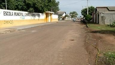Jovem é assassinado em frente a escola de Gurupi - Jovem é assassinado em frente a escola de Gurupi