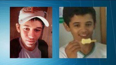 Dois jovens morrem atropelados em rodovia no Sertão da Paraíba - Eles estavam voltando para casa em uma bicicleta pela PB-383, na zona rural de Vieirópolis, quando um carro atropelou os dois.