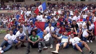 Torcida do Paraná Clube não se cansa de comemorar a volta para a primeira divisão - A volta veio depois de dez anos.