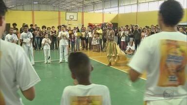 Moradores se reúnem para comemorar o Dia da Consciência Negra em Pouso Alegre (MG) - Moradores se reúnem para comemorar o Dia da Consciência Negra em Pouso Alegre (MG)