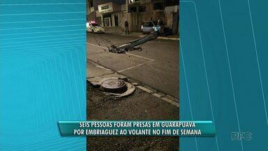 Seis pessoas são presas em Guarapuava por embriaguez ao volante durante o fim de semana - Em um dos acidentes um posto foi derrubado no centro de Guarapuava.