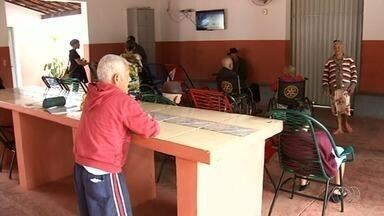 Delegacia do Idoso de Anápolis faz projeto para realizar sonho dos moradores - Ação é para concretizar desejos durante o Natal.
