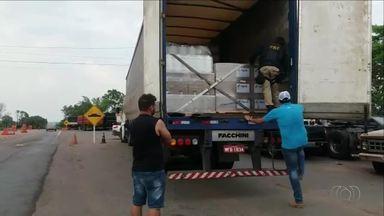 Motorista de caminhão que transportava mais 11 toneladas de agrotóxico é multado - Motorista de caminhão que transportava mais 11 toneladas de agrotóxico é multado