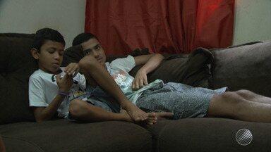 BMD Solidário: mãe faz campanha para conseguir comprar lente especial para o filho estudar - Conheça a iniciativa que vem lá de Barreiras.