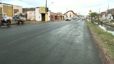 Falta de sinalização tem causado transtornos no trânsito em Maceió - Serviço de recapeamento está sendo realizado em algumas vias da cidade.