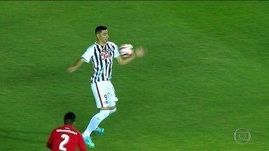 Com gol irregular, Libertad vence o Independiente na semifinal da Sul-Americana - Com gol irregular, Libertad vence o Independiente na semifinal da Sul-Americana.