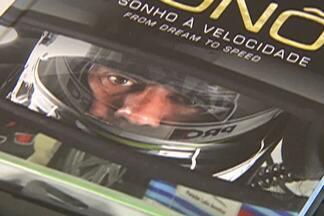 Biblioteca de Mogi das Cruzes tem tarde de autógrafos com Nonô Figueireido - Nonô é um grande nome do automobilismo brasileiro. Ele esteve na cidade para lançamento de seu primeiro livro.