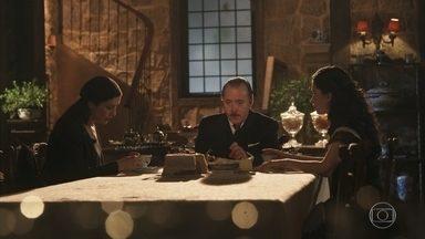 José Augusto fala que Guiomar era uma mãe dedicada - Delfina desconfia de Tereza e sonda a filha