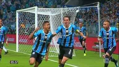Grêmio larga na frente na disputa pelo título da Copa Libertadores - O time gaúcho venceu o Lanús na primeira partida da final da competição. Vejo o comentário do Luís Roberto.