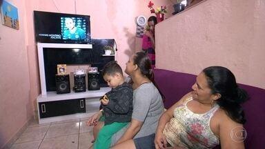 Sinal de TV analógico é desligado em 19 cidades do RJ - À 0h desta quinta-feira (23), o sinal de TV analógico foi desligado definitivamente na capital carioca e em outras 18 cidades do Rio de Janeiro.