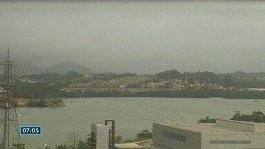 Previsão é de chuva em alguns momentos do dia no Espírito Santo nesta quinta-feira (23) - Ar continua abafado, segundo o Incaper.