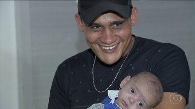Médicos salvam bebê que ficou 2 meses na barriga da mãe diagnosticada com morte cerebral - Foi um caso raro na medicina e uma história de esperança e superação.