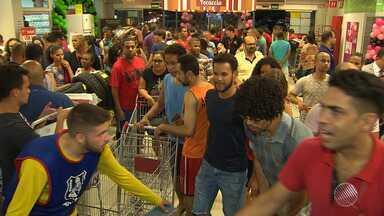 Black Friday começou ainda na noite de quinta (23) em Salvador - A mega promoção no comércio está programada para essa sexta (24).